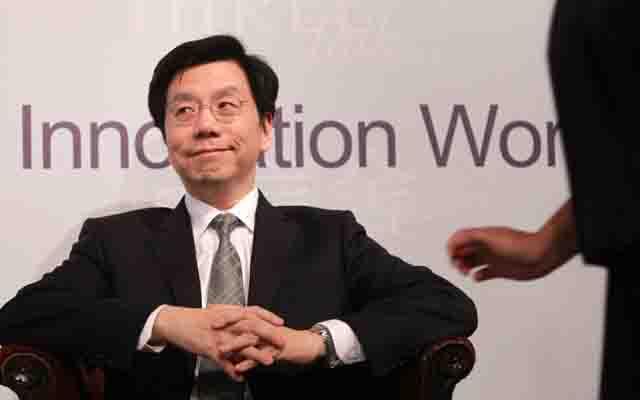 李开复:中国仍是世界工厂 而且正在用人工智能设计未来